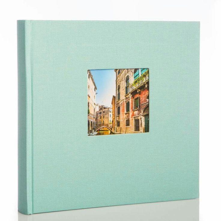 Bella Vista firmy Goldbuch w kolorze miętowym . Pomieści 200 zdjęć w formacie 10x15 cm  https://albumstyl.pl/Album-Goldbuch-Bella-Vista-mietowy-200zdjec10x15.html