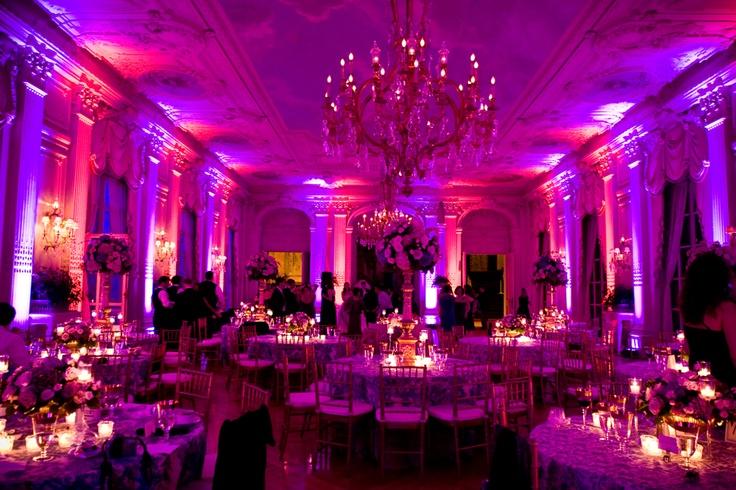 Pink Amp Purple Uplighting Rosecliff Mansion Newport Ri Wedding Venues Amp Decor Uplighting