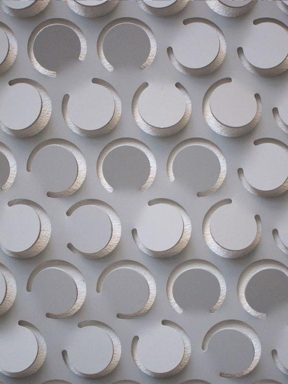 Tendências de Mercado - Metal 3D.   Se você busca algo novo, a HS Precisão pode criar uma infinidade de opções em painéis 3D. www.hsprecisao.com.br (61) 3234-9426