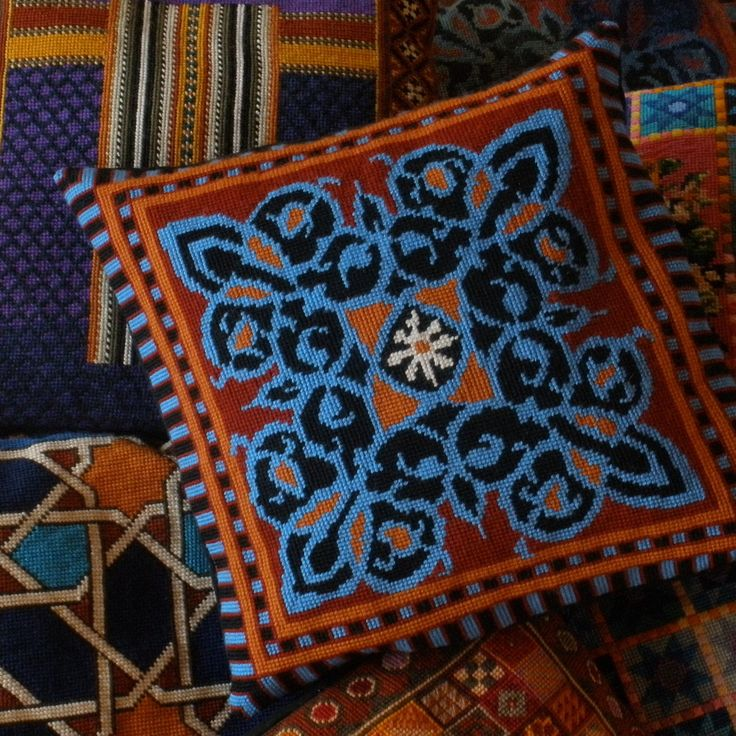 """""""Arabesque"""" combines an intricate free-flowing design with a strong geometric border"""