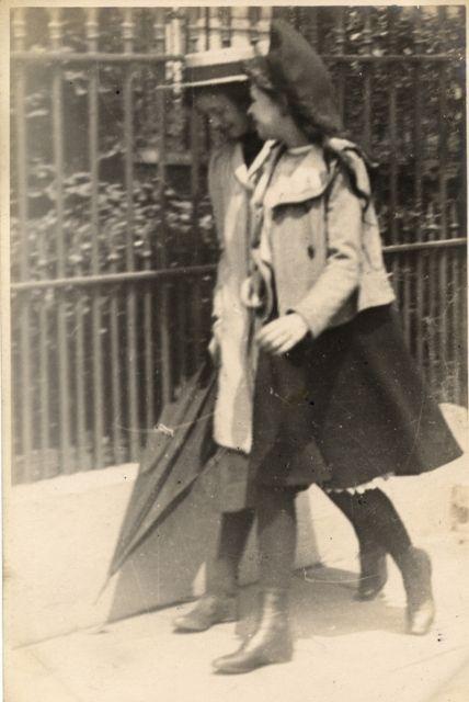 Kensington, London (5 June 1907) Sambourne photo