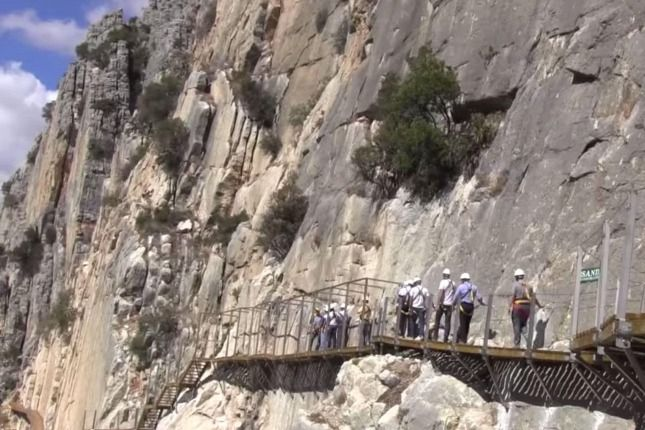 Tizennégy év szünet után ismét látogathatóvá teszik a világ legveszélyesebb turistaútját, miután biztonságossá tették a rajta való