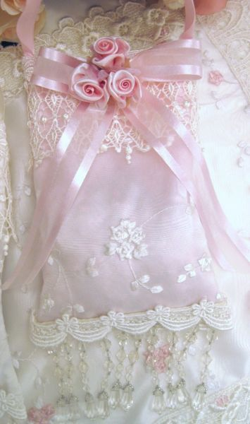 Scented Lace Sachets Pink - Victorian Decor Sachets - Roses And Teacups  - 1