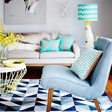 #home #homesweethome #evimguzelevim #dekor #dekorasyon #decoration #ev #icmekan #tasarım #love #like #instalove #instahome #architecture #interior #interiordesign #arch #table #blue #white #beautiful #instacool #instalovers #enjoy