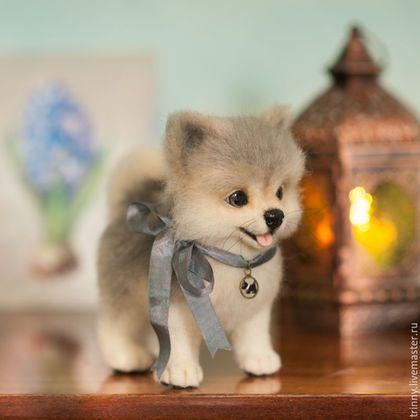 Валяная игрушка щенок померанского шпица серого окраса, ручная работа