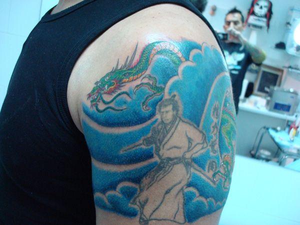 Tatuaje de dragón realizado en nuestro centro de Montera de Madrid.  #tattoo #tattoos #tattooed #tattooing #tattooist #tattooart #tattooshop #tattoolife #tattooartist #tattoodesign #tattooedgirls #tattoosketch #tattooideas #tattoooftheday #tattooer #tattoogirl #tattooink #tattoolove #tattootime #tattooflash #tattooedgirl #tattooedmen #tattooaddict#tattoostudio #tattoolover #tattoolovers #tattooedwomen#tattooedlife #tattoostyle #tatuajes #tatuajesmadrid #ink #inktober #inktattoo #inkedgirls