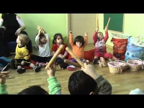 Neverland - Παιδικός Σταθμός - Νηπιαγωγείο - Μουσικοκινητικά παιχνίδια με την κυρία Νικολέτα - YouTube