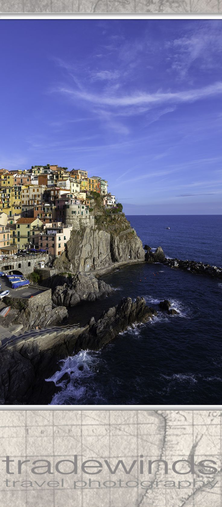 The town of Manarola in the famous Cinque Terre national park on the Italian riviera.