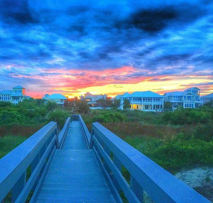 #photooftheday @erikabeaches  Fiery Sunset Tonight....Stormy Hermine Tomorrow..#staugustine beach#florida#beach#sunset#boardwalk #storm#sky_perfection #nature_perfection #wanderlust#traveldiaries #evening#beachwalk#clouds#skyporn#floridalife #loveflorida #roamflorida#staugustinebuzz #staugsocial #sunsetgrille #igers_staugustine#hashtagflorida#beautifuldestinations #nytimestravel #orangesky#igtravel #travel