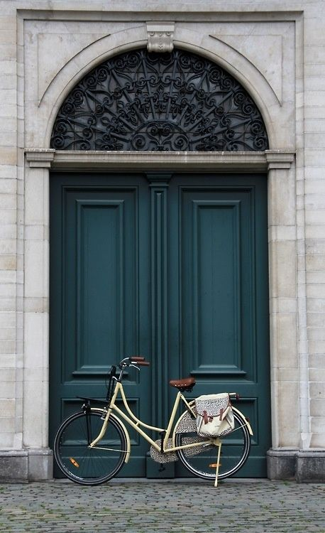beautiful door and bicycle