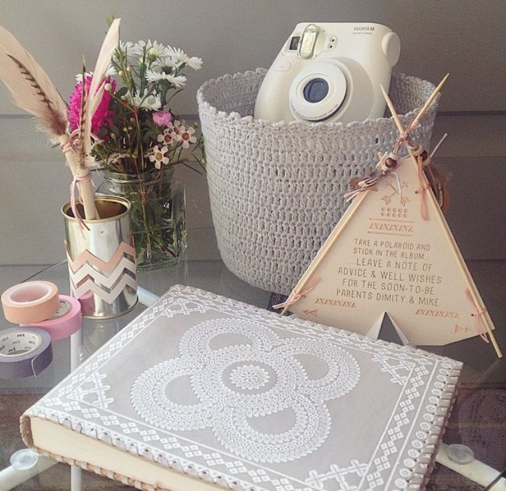 Baby shower guest book - take a Polaroid and write a message for the parents to be