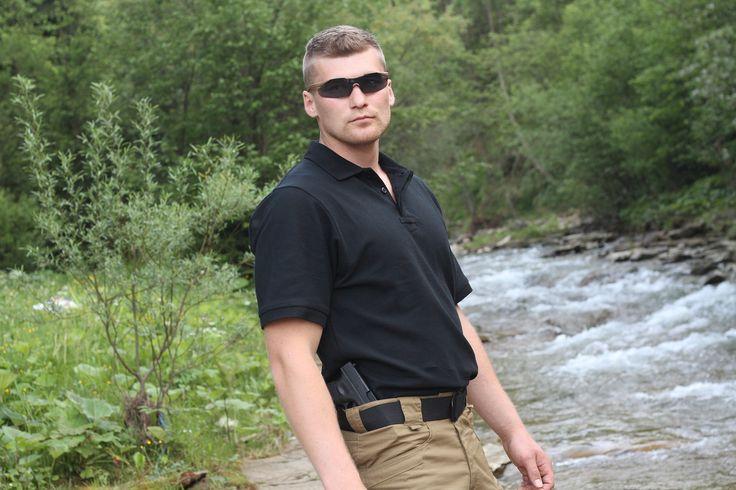 Tričko Polo DEFENDER v čiernej farbe od Helikon-Tex. http://www.armyoriginal.sk/1731/127751/tricko-polo-defender-cierne-helikon.html