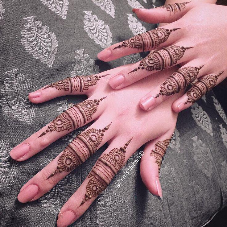 """""""Simple design on the fingers☺️ #leedsmehndi #henna #mehndi #bridalhenna#mandala…"""