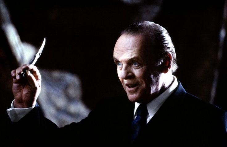 #ЗВЕЗДЫ_ARBALETIKA  💁Специально для любителей фильмов ужасов 👺- Нож Spyderco Harpy 🔪Энтони Хопкинса в фильме «Ганнибал» 🎥Доктор Лектор вообще был большим поклонником ножей 💙  👀Самый любопытный из его коллекции — 🔪кастомизированный Spyderco Harpy. ❗️На самом деле, выбор ножа Ганнибала был очень важным ☝️пунктом в процессе подготовки к съемкам фильма 📹.  😳Как думаете, почему режиссер остановился именно на этой модели❓  💰Цена данного ножа в нашем магазине 29650 рублей…
