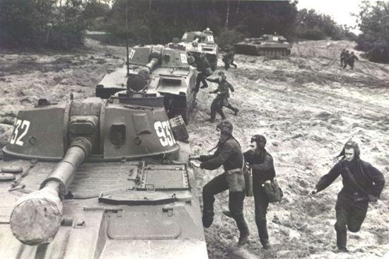 2S1 Gvozdika self propelled howitzer.