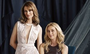 Offspring's Kat Stewart and Asher Keddie - #Offspring new season with new writers…finally the 'new beginning' and not recycled stories…can't wait. #NinaProudman is back;)