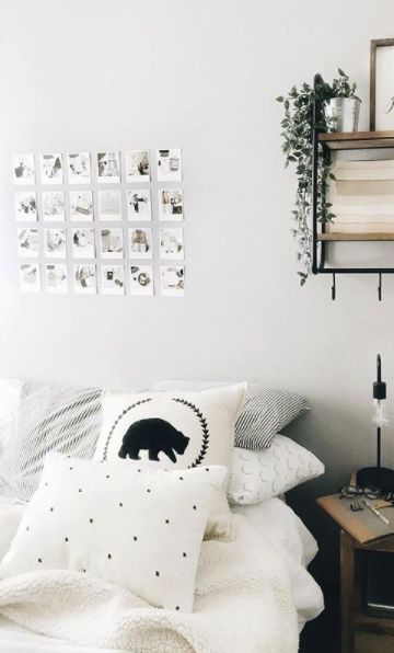 Small Photo Print Inspiration.  A beautiful minimal home decor idea featuring Retro Style small photo prints.  Shared by @elathebookworm on Instagram