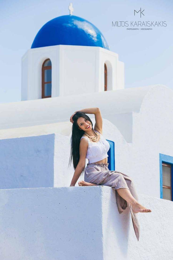Miltos Karaiskaikis #santorini #fira #oia #greek #church #traditional #photooftheday #travel_greece #top #destinations #photographer #videographer #videography #photography #discover #greece #cyclades #happiness #beautiful #woman #instalike www.video-santorini.gr
