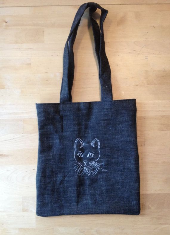 Cat Embroidery Tote bag by BonitoFracaso on Etsy