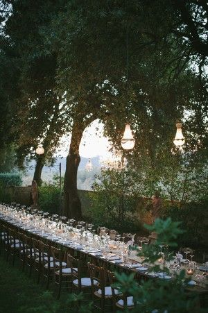 Long table for a Tuscan reception at Borgo Casabianca.