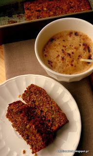Delicious sugarless, flourless carrot coconut cake