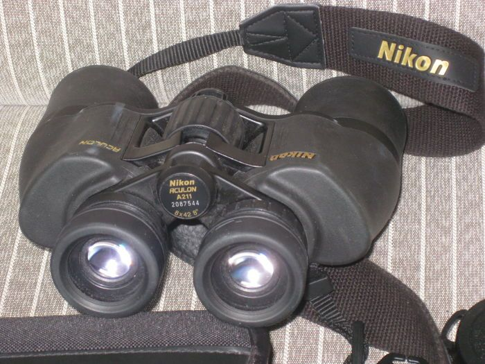 Fijne verrekijker NIKON ACULON een 211 8 x 42-8   Koop een boete verrekijker NIKON ACULON een 211 8 x 42 8 . Compleet met prachtige originele geval en 4 lens beschermers. De beschermer van de één is niet origineel. Verrekijker wordt gebruikt tijdens 1 vakantie.Is ongeveer 1-2 jaar oud en in zeer goede staat. Hoogte 15 cm; breedte 15 cm.De verrekijker geeft een duidelijk beeld de lenzenzijn schoon en het mechanische deel werkt prima.In uiterlijk prima de verrekijker er. Geen slijtage.Een…