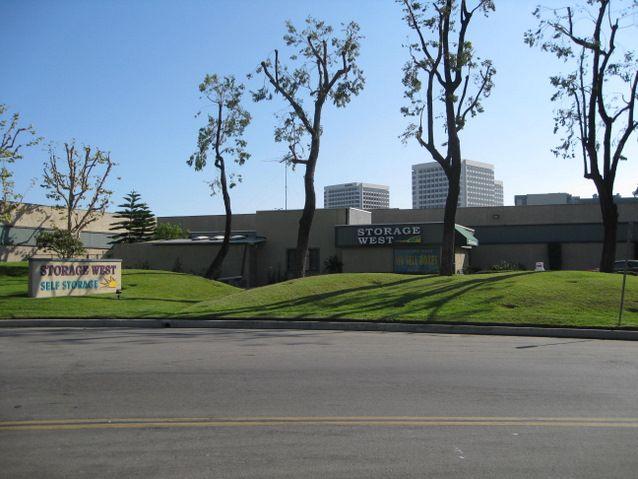 Irvine Virtual Tour   Irvine, CA 92614 Self Storage And Mini Storage