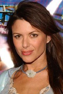 Kari Samantha Wuhrer was born on April 28, 1967 in Brookfield, Connecticut, the daughter of Karin, a payroll officer and Andrew, a former police officer and car salesman. Kari has three siblings. She studied acting at age 13 at the Wooster School, and headed to New York City to do rounds of auditions.