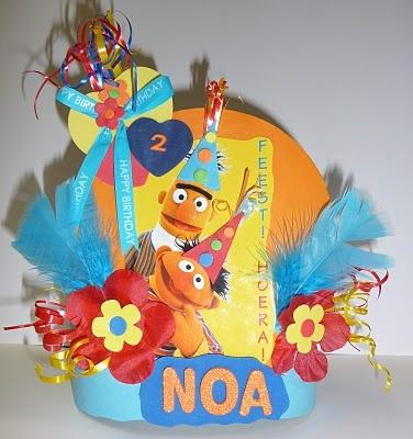 Syl's Verjaardagsmutsen - Syl's Birthday Hats: Bert en Ernie voor Noa
