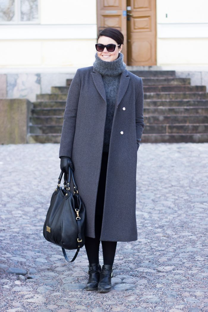 Long grey wool coat, chunky grey polo knit Marc by Marc Jacobs Francesca bag / www.livinupanotch.com