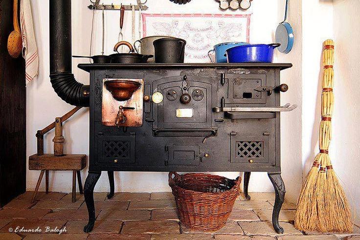 155 best images about cocinas y hornos de le a en - Cocinas antiguas de lena ...