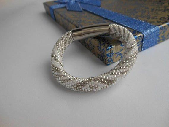 Idde de Obatala Bracelet Inspired Orisha bracelet beaded bracelet ilde de mazos Obatala Bracelet white Yoruba spiritual Santeria beads