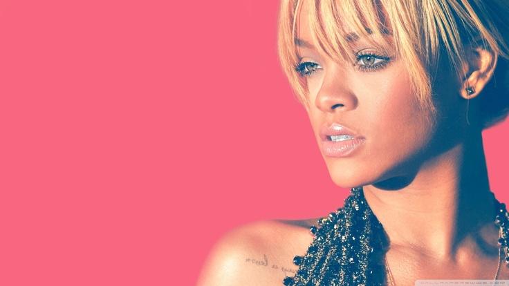 Pin by Ashé Bréan on Rihanna♥ Rihanna blonde hair