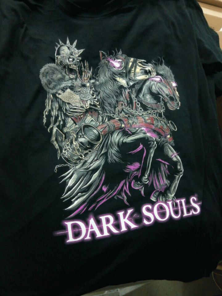 #Screenprinting amazing details of #DarkSouls on black garments with  @mrcompanies #silkscreen technology and #screenprinting x™ http://bit.ly/1LPZppD