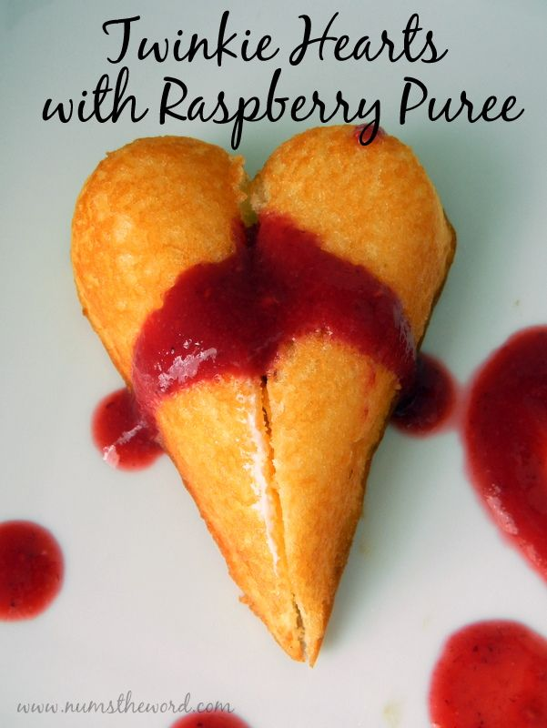 Num's the Word: Looking for a super quick Valentine's Day dessert?  Try these! Cute and delicious!!