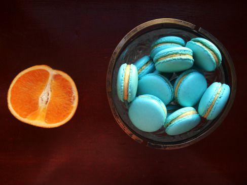 vanilla-ornage buttercream macarons