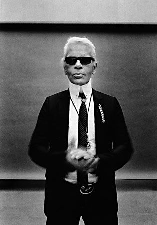 Demode!     The best satire; Karl Lagerfeld's Guide to Life
