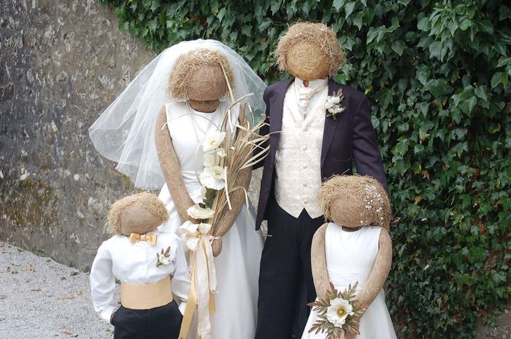 DIY Decor: How to Make a Scarecrow - Tutorials and ideas, including this wedding party scarecrow group  from the Kettlewell Scarecrow Festival.