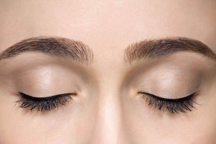 كيفية رسم الحواجب وتهذيبها بدون إزالة الشعر الزائد منها Eyebrow Growth Eyebrow Growth Oil Perfect Eyebrows