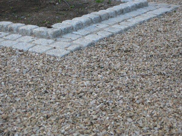 Ballylusk Gravel and Granite Cobble Tumbled Paving
