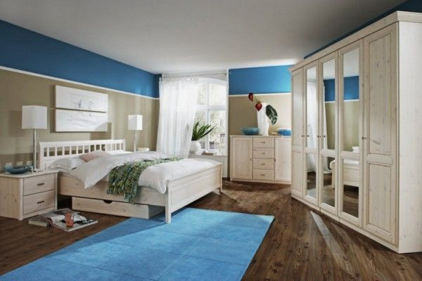 Mak really likes this one.  Likes the blue. colorful..Stunning-Contemporary-Beach-Theme-Bedroom-Ideas