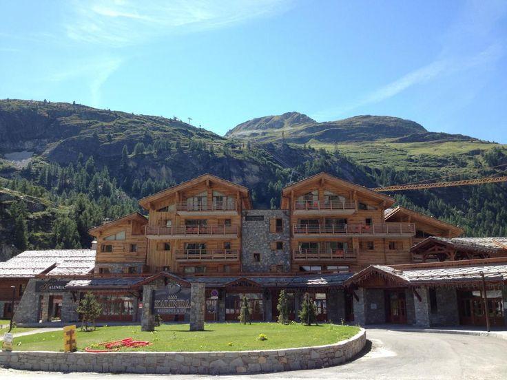 Residence Kalinda Village 4* Tignes - Montagne Vacances. Ce joli complexe, comme son nom l'indique, est un vrai village au coeur de la nouvelle station à part entière de L'Espace Tignes-Val d'isère.