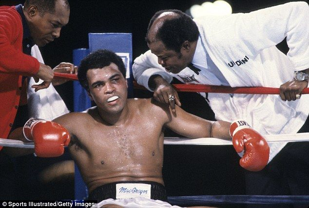 Ali took some heavy punishment when he went up against Larry Holmes in Las Vegas...