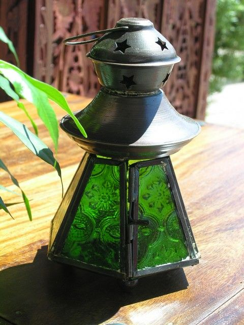 Baby copper finish lamp in green. http://www.maroque.co.uk/showitem.aspx?id=ENT03364&p=06506&n=all
