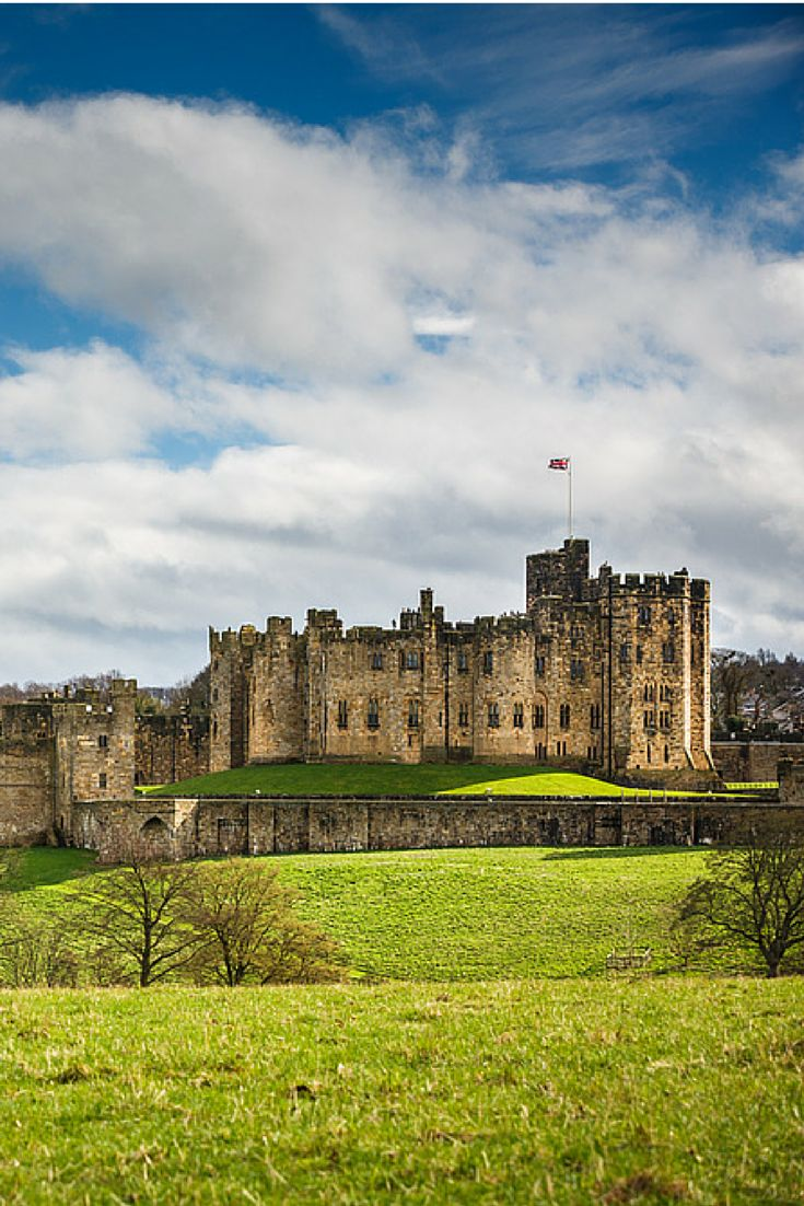 Alnwick Castle in Northumberland - step inside my muggle friends for broomstick training, dragon taming and a date with some knights. From: A weekend trip to Alnwick Castle