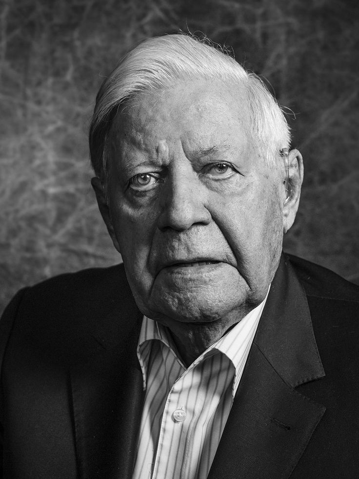 Helmut Schmidt (1918-2015) - German Social Democratic (SPD) politician who served as Chancellor of West Germany from 1974-1982. Photo © Dominik Lutzmann, May 2015