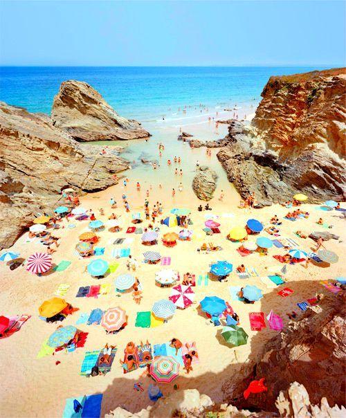Christian Chaize's photographs of Praia Piquinia, Portugal