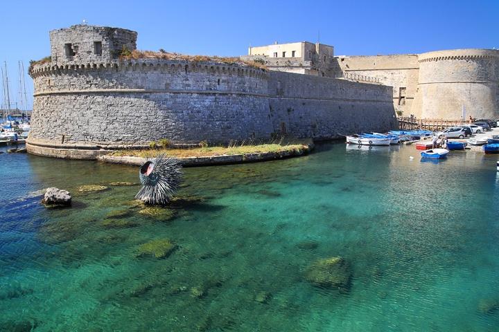 Il Castello Angioino di Gallipoli  http://www.hipuglia.com/2012/05/il-castello-angioino-di-gallipoli.html#