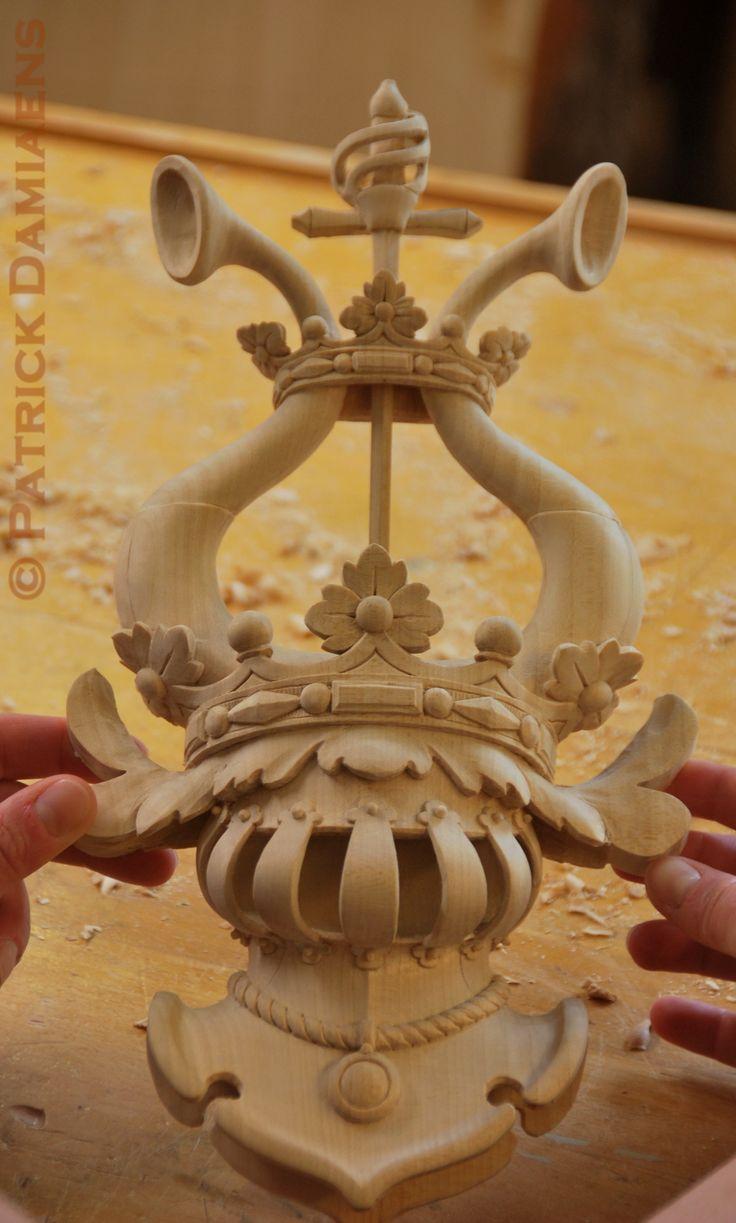 Patrick Damiaens | Blasoni scolpito in legno Scultore in araldica | http://www.patrickdamiaens.be