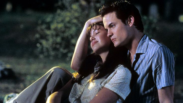 "It's been 15 years since Shane West and Mandy Moore played star-crossed lovers in the tear-jerking teenage romance ""A Walk To Remember."""